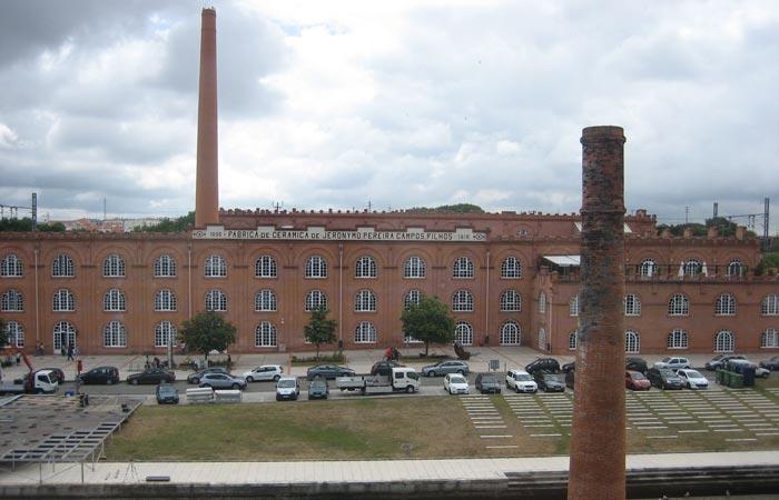 Antigua fábrica de cerámica visitar Aveiro