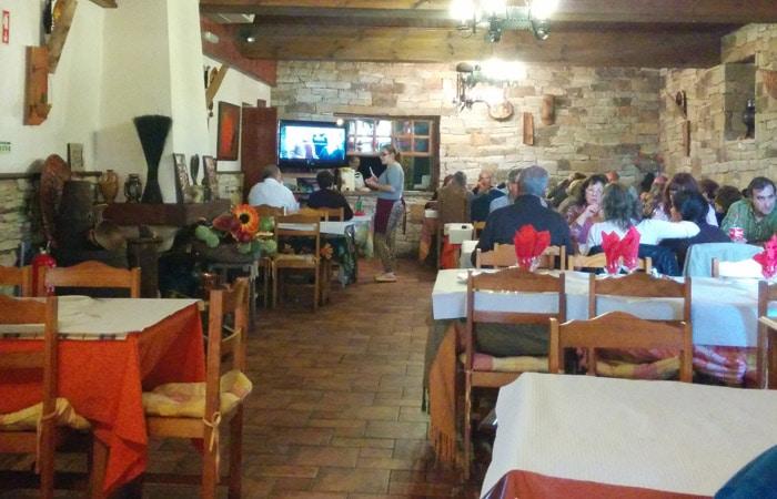 Interior del restaurante El Dorado de Foios Portugal