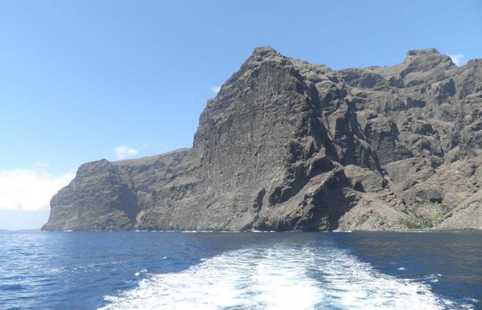 Acantilado de Los Gigantes desde el barco Masca