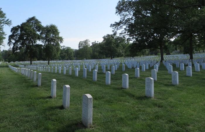 Tumbas del Cementerio Nacional de Arlington Washington
