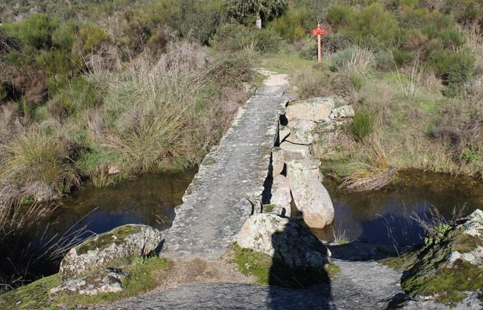 Puente sobre la Rivera de Pinilla de Fermoselle