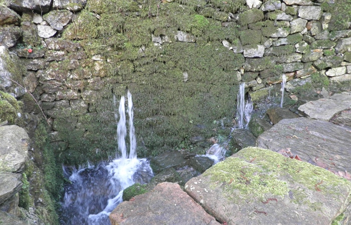 Fuente de Santa Icía Ruta del Castañal