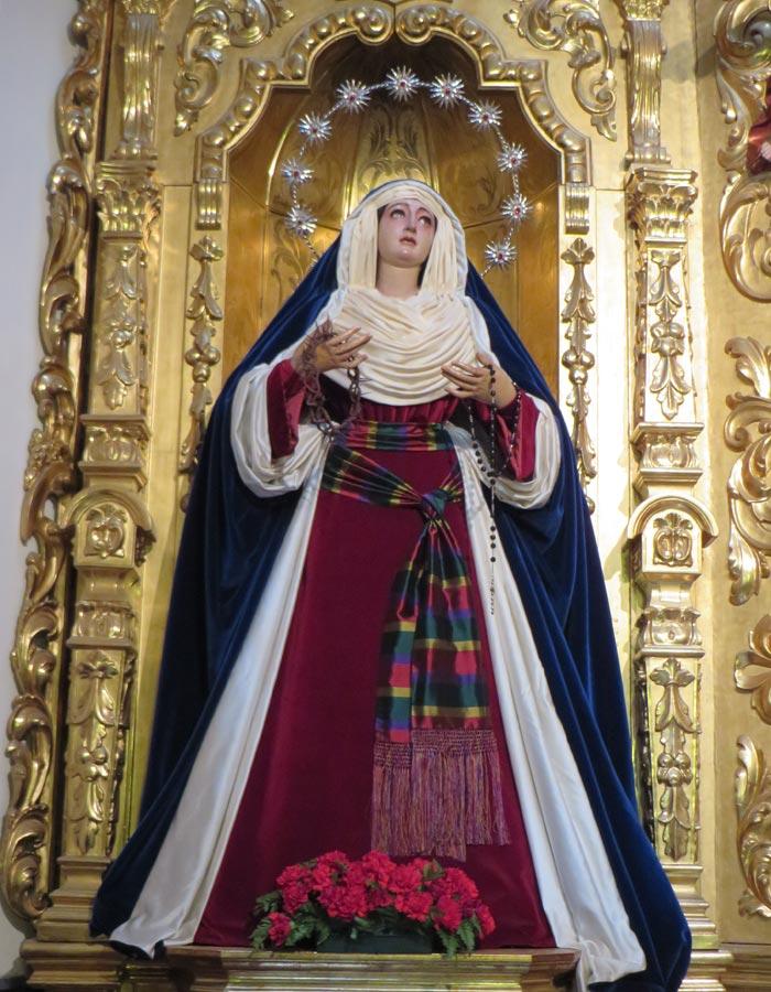 Madre de Dios de la Palma en la iglesia de San Pedro vírgenes de Sevilla