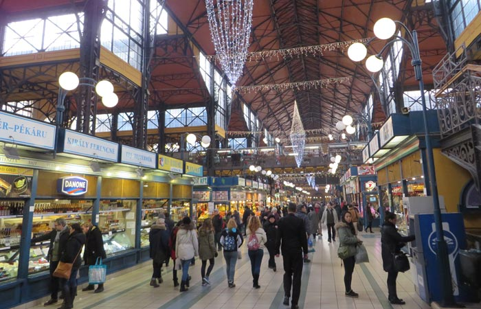 Pasillo del Mercado Central de Budapest