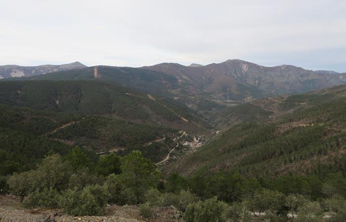 Vista desde el Mirador de las Carrascas senderismo en Las Hurdes