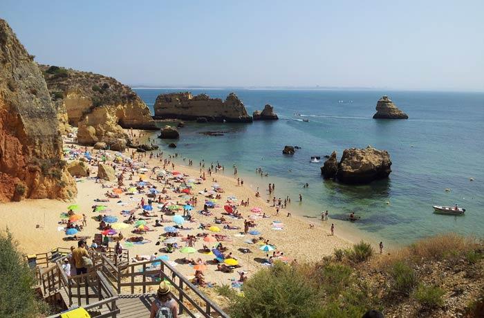 Vista de la playa de Dona Ana en Lagos mejores playas del Algarve