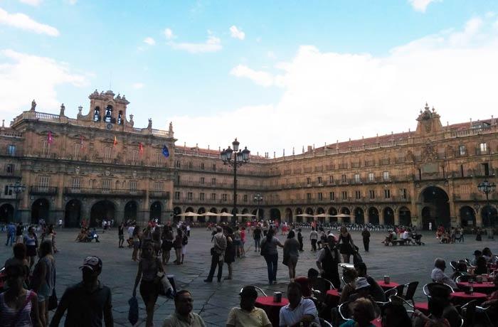 Plaza Mayor de Salamanca en verano plazas más bonitas de Europa