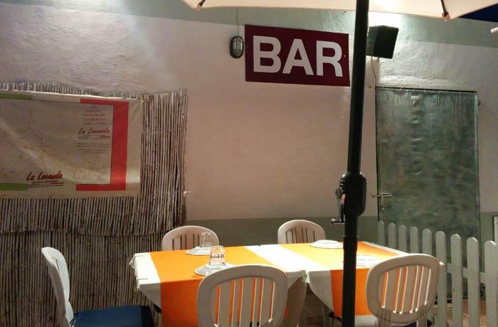 Terraza de La Locanda comer en Formentera