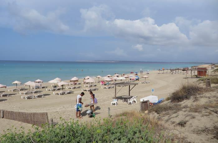 Playa de Es Arenals Playas de Formentera