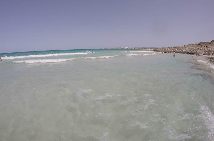 Sa Roqueta desde dentro del agua Playas de Formentera