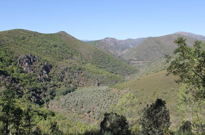 Vista de la Sierra de las Quilamas senderismo en Salamanca Miradores de las Sierras