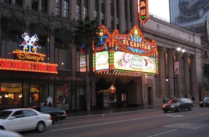 Teatro el Capitán Paseo de la Fama de Hollywood