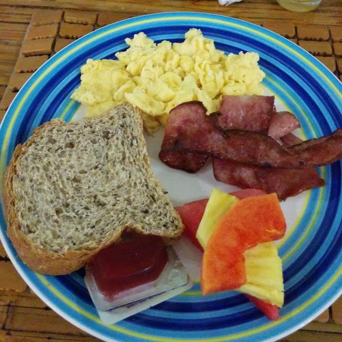 Desayuno del hotel Plaza Yara