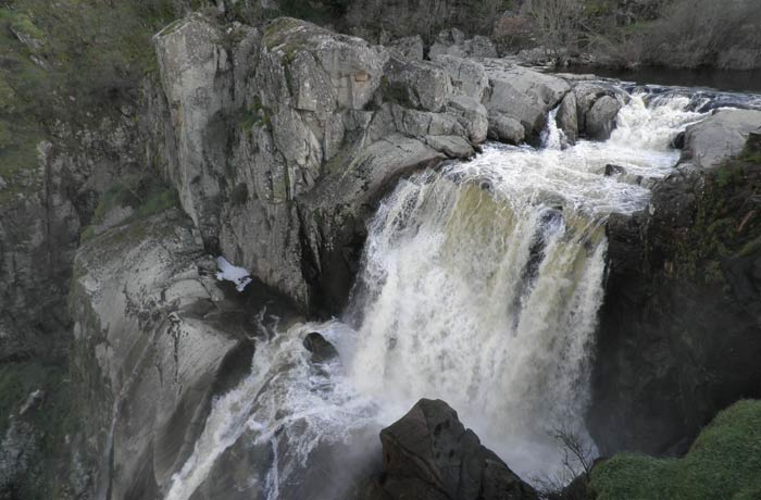 Cascada del Pozo de los Humos desde uno de los miradores de Masueco