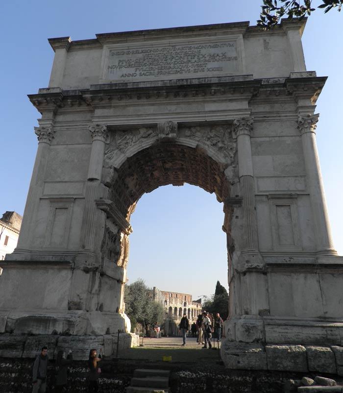 Arco de Tito Coliseo y Foro Romano