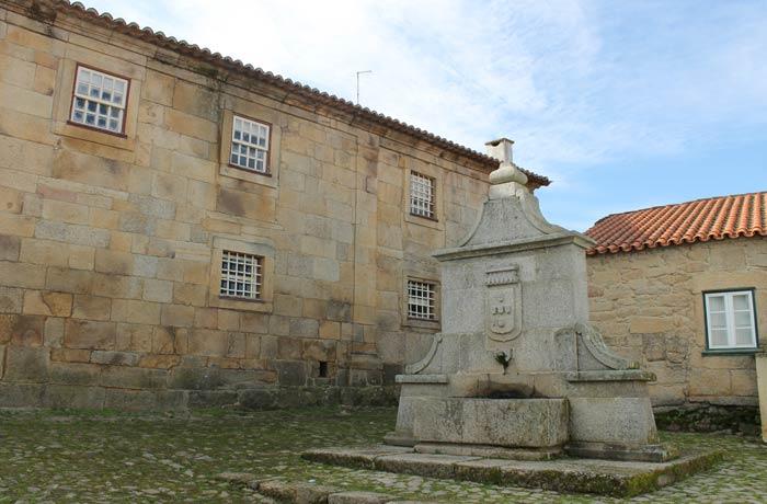 Chafariz Novo Castelo Mendo