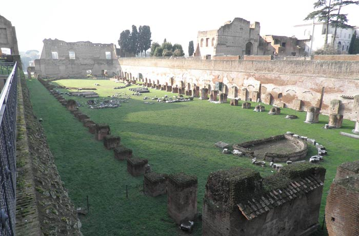 Hipódromo de Domiciano en el Palatino Coliseo y Foro Romano
