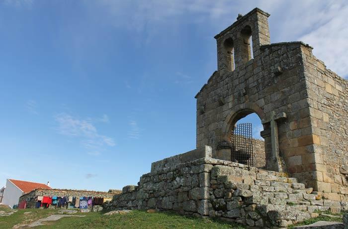 Restos de la iglesia de Nuestra señora del Castillo Castelo Mendo