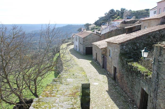 Muralla de Castelo Mendo