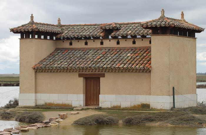 Uno de los observatorios que hay en el recinto de la Casa del Parque mejor época para visitar las Lagunas de Villafáfila