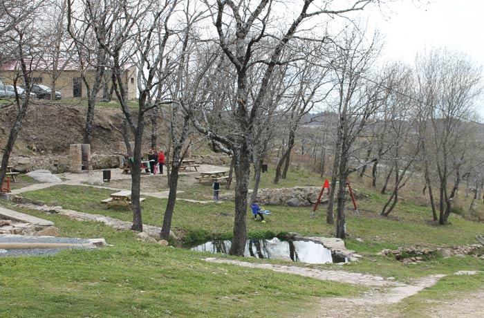 Área recreativa de Piornal senderismo en el Jerte