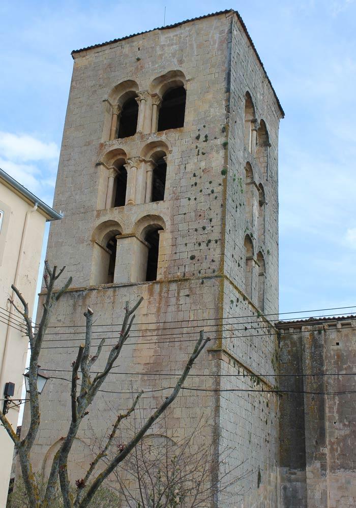 Torre románica del Santuario de Nuestra Señora de la Peña Senda de los dos Ríos