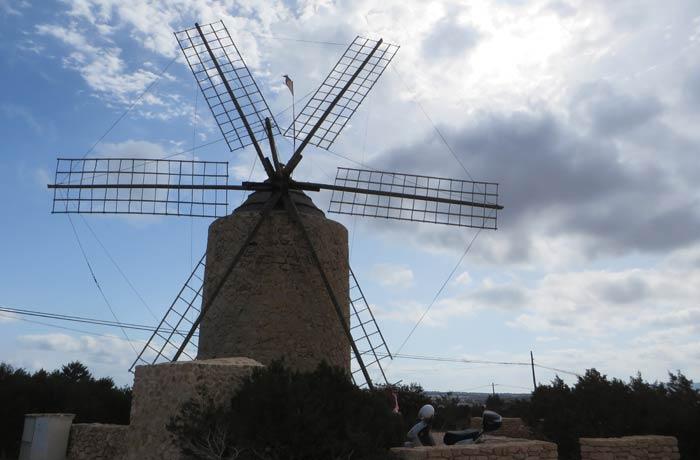 Uno de los molinos de viento de Formentera
