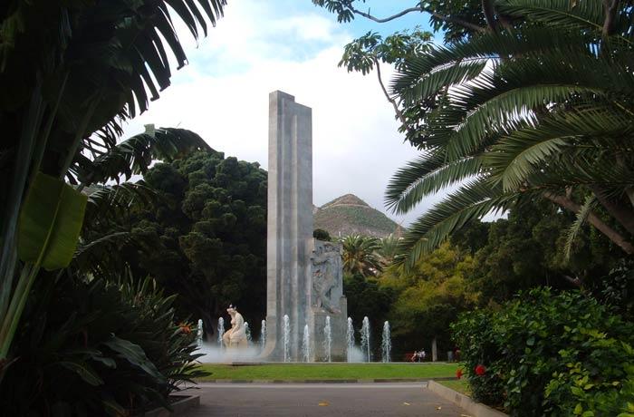Monumento a García Sanabria en el parque del mismo nombre qué ver en Tenerife