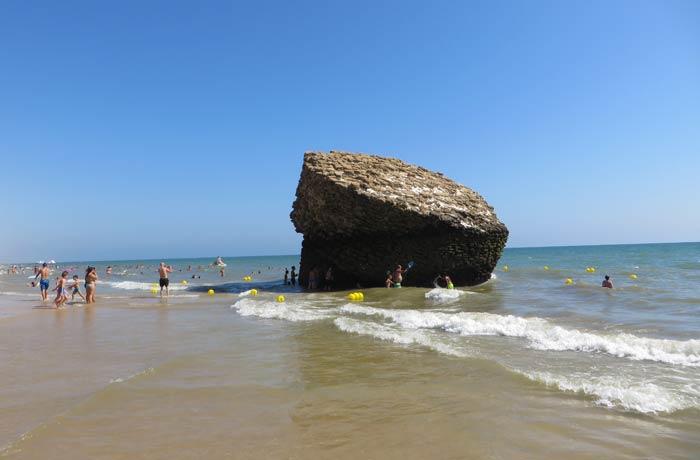 La Torre de la Higuera en la playa de Matalascañas playas de Huelva